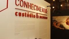 Exposição comemorativa aos 30 anos do Sistema Integrado de Bibliotecas