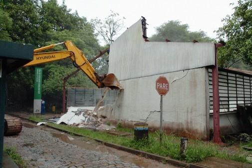 Demolição e reurbanização da área dos barracões – COESF