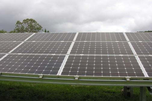 Painel Solar – Instituto de Energia e Ambiente