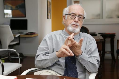 Prof. Carlos Guilherme da Mota – Faculdade de Filosofia, Letras e Ciências Humanas