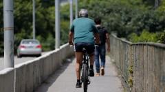 Ciclista na ponte Cidade Universitária - foto Cecília Bastos