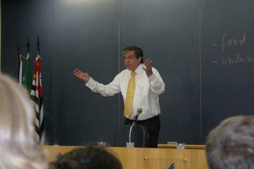 Visita do secretário da agricultura da Holanda na FEARP, 2006