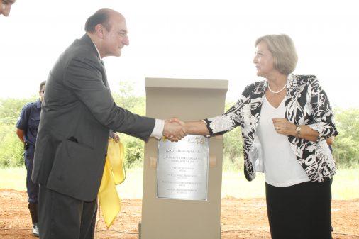 Lançamento da pedra fundamental do Bloco S, da FCFRP, novembro de 2009