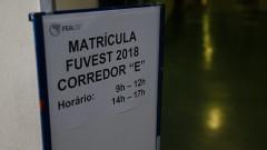 Calouros da FEA fazem inscrição no primeiro dia de matrícula na USP.