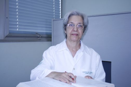 Profa Carolina Araújo Rodrigues Funayama, da FMRP