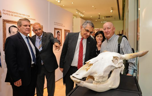 Exposição 100 anos da Faculdade de Medicina Veterinária e Zootecnia
