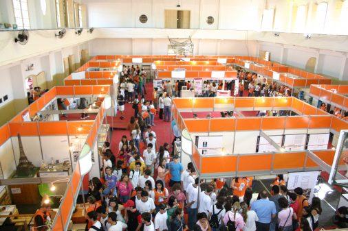 Feira da profissões na USP Ribeirão Preto, 2006