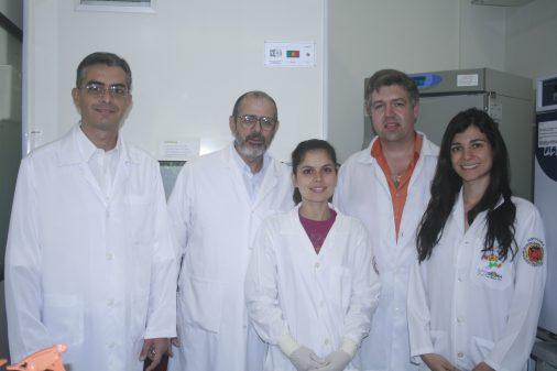 Prof. Paulo Tambasco, da FORP e sua equipe