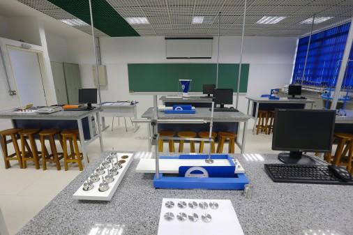 Escola de Engenharia de Lorena – Laboratório Didático de Física Experimental I