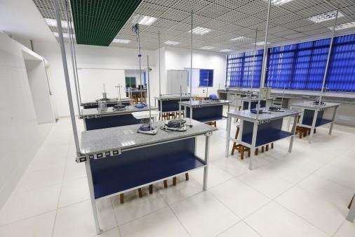 Escola de Engenharia de Lorena – Laboratório Didático de Física Experimental II
