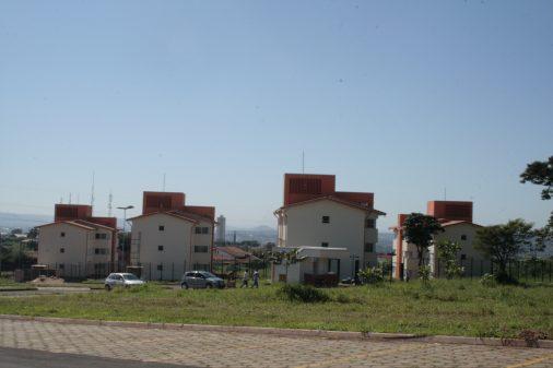 Fachada moradia de alunos, USP Ribeirão Preto, 2011