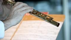 Detalhe da flauta. foto Cecília Bastos/Usp Imagens