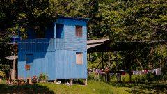 Casa rural na cidade de Cruzeiro do Sul no estado do Acre. Foto: Cecília Bastos/USP Imagem